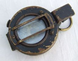 British WW2 Officers Prismatic MKIII Compass - 1942. ref.no.ML977